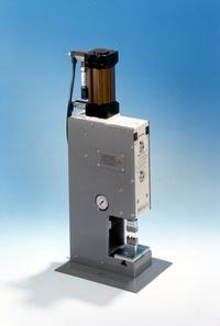 Crimpmaschine Safecrimp Telegärtner